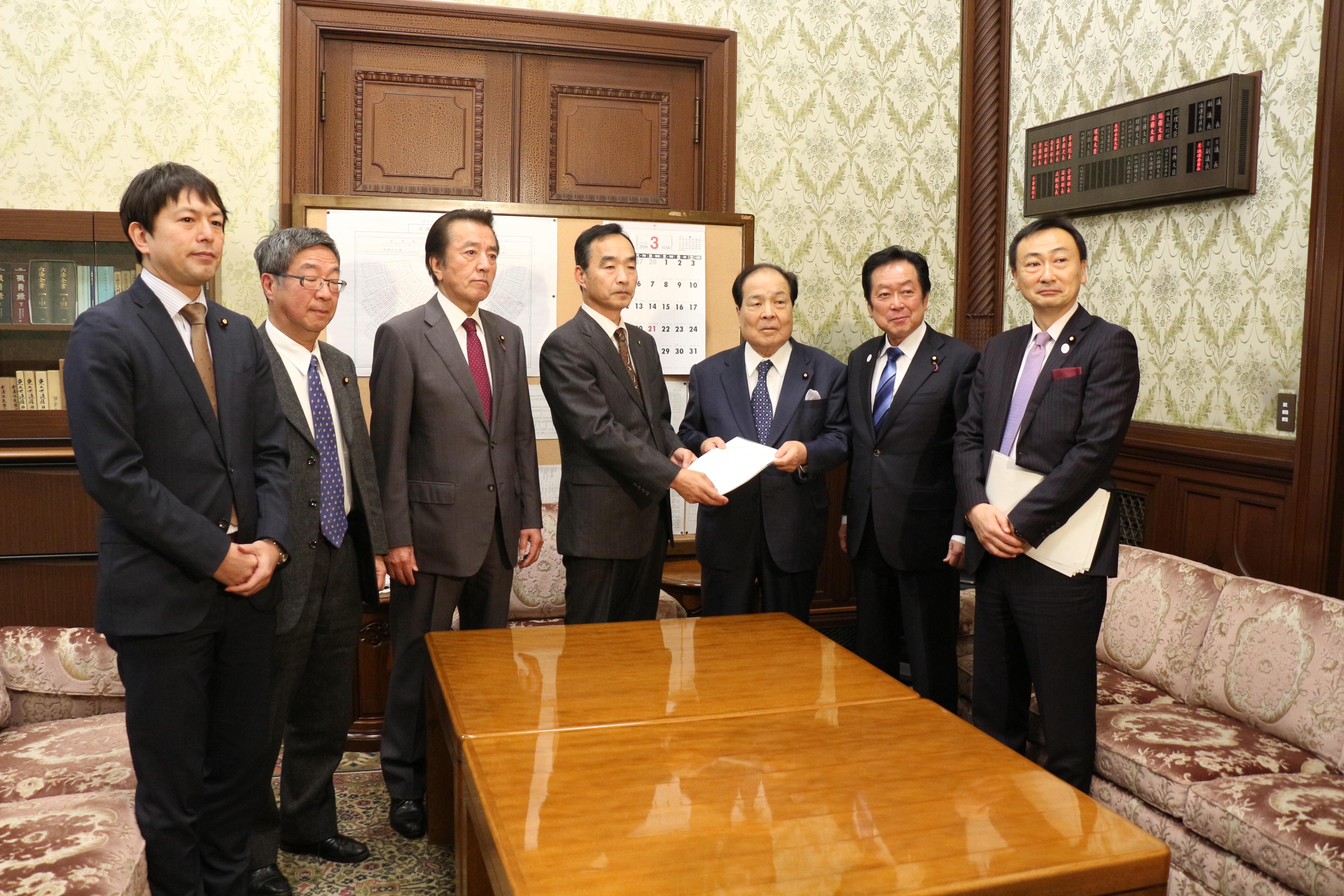 2018年3月8日【選挙における所属政党等誤認防止法案】提出