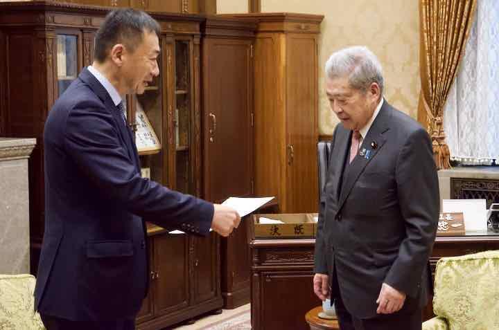2018年12月12日(水)伊達忠一参議院議長への申し入れ